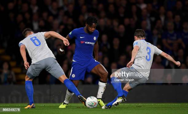 Michy Batshuayi of Chelsea in action during the Carabao Cup Fourth Round match between Chelsea and Everton at Stamford Bridge on October 25 2017 in...