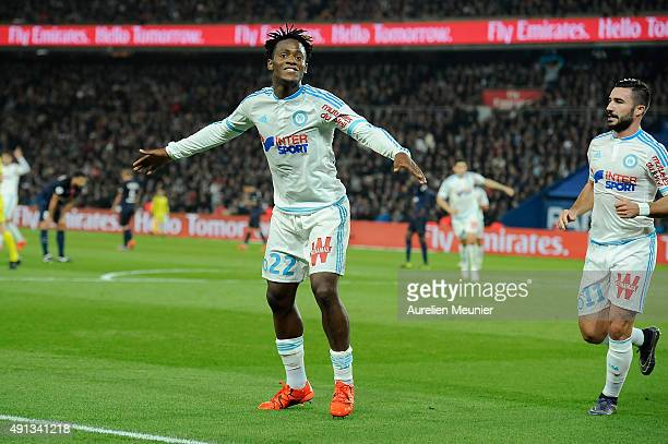 Michy Batshuayi of Olympique de Marseille celebrates his goal during the Ligue 1 game between Paris SaintGermain and Olympique de Marseille at Parc...