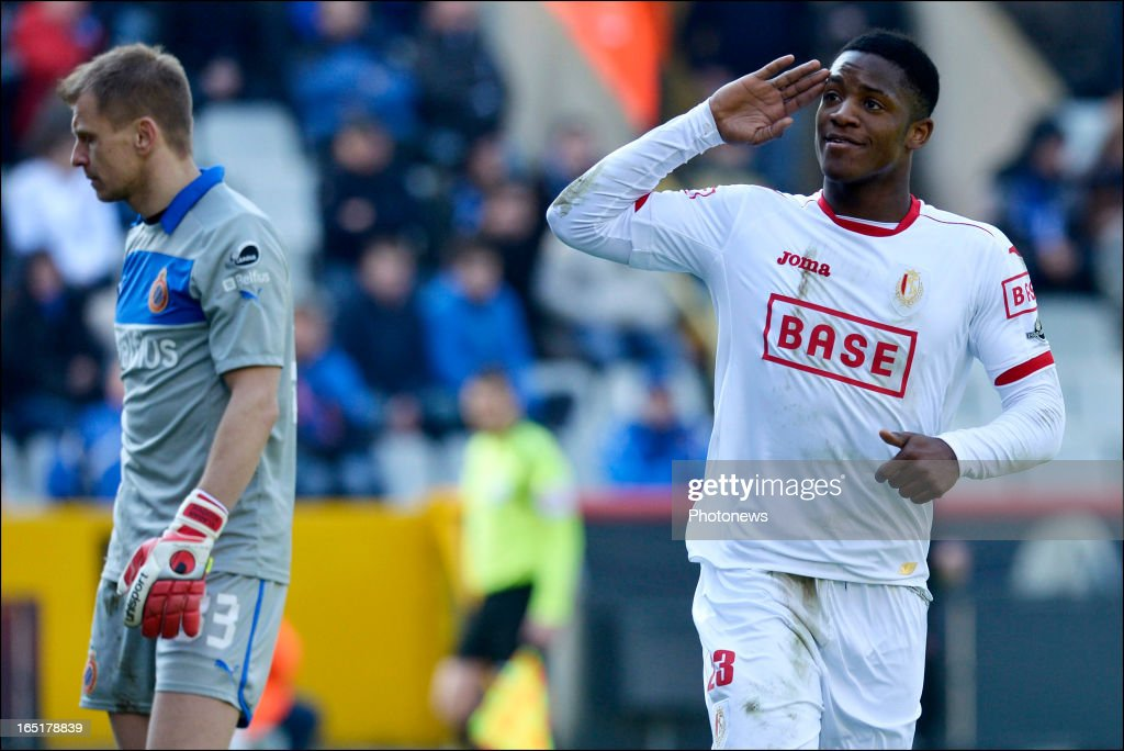 Michy Batshuayi of Standard celebrates scoring a goal during the Jupiler League match between Club Brugge and Standard de Liege, in the Jan Breydel Stadium on April 01, 2013 in Brugge, Belgium.