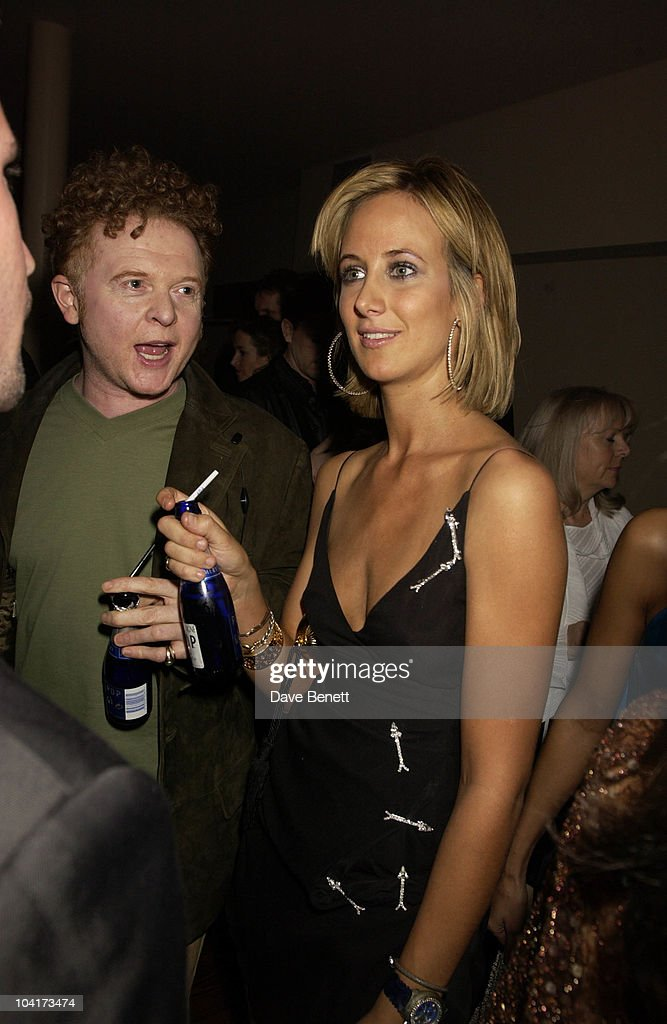 Mick Hucknall & Lady Victoria Hervey, After All The Problems Last Year With Her Own Shop Lady Victoria Hervey Trys Again As A Consultant To Sybil Stanislaus At Her New Shop 'Ajanta', 'ajanta' Shop Opening In Motcombe Street, London