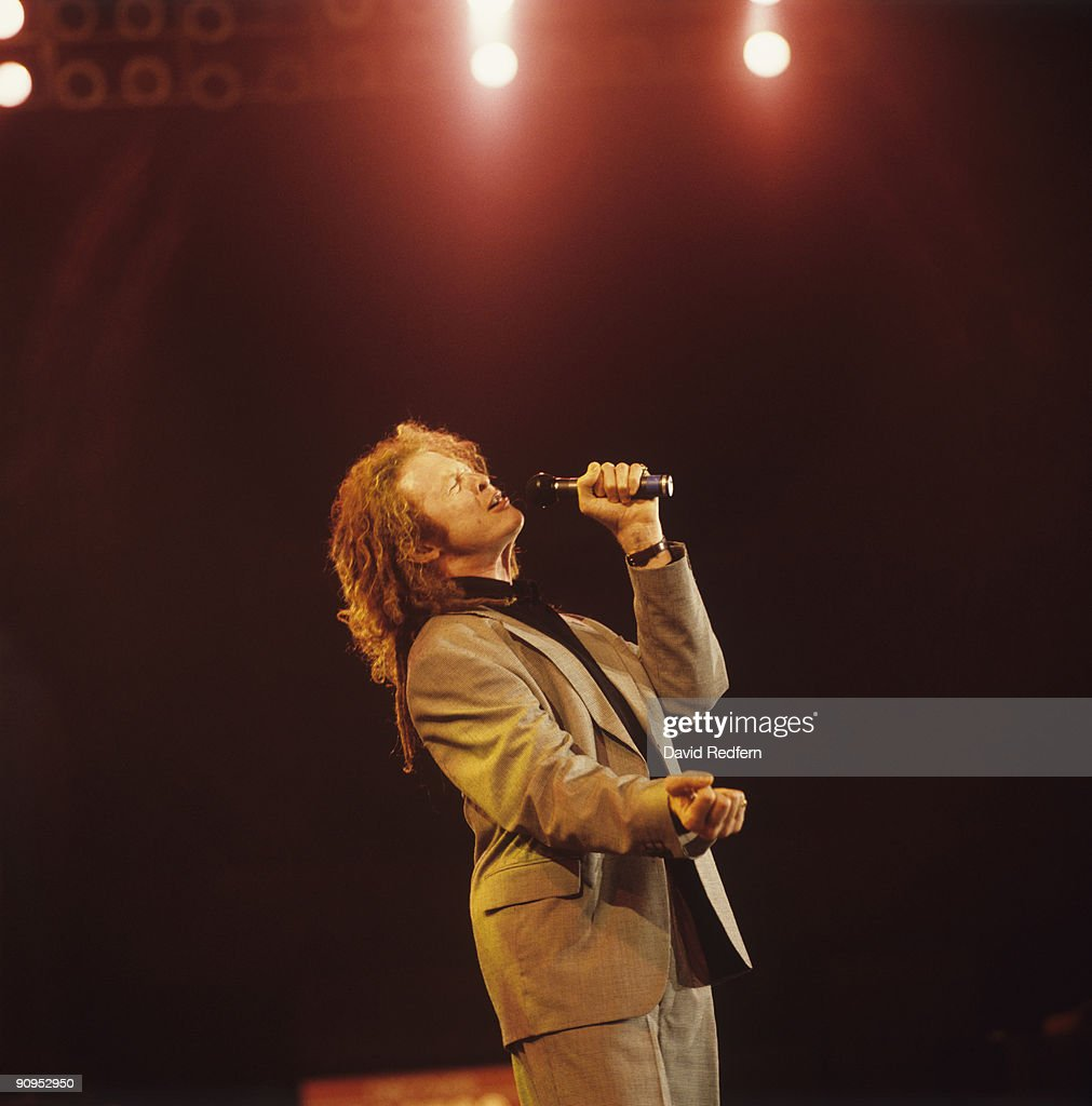Mick Hucknall of Simply Red performs on stage at the Montreux Rock Festival held in Montreux, Switzerland in May 1989.