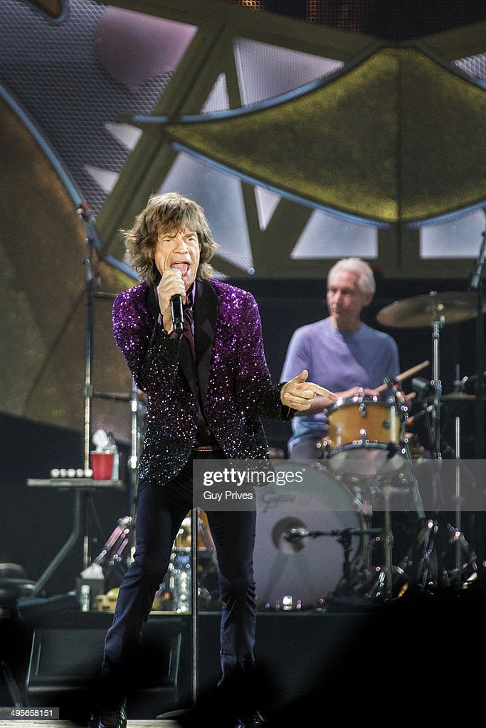<a gi-track='captionPersonalityLinkClicked' href=/galleries/search?phrase=Mick+Jagger&family=editorial&specificpeople=201786 ng-click='$event.stopPropagation()'>Mick Jagger</a> and <a gi-track='captionPersonalityLinkClicked' href=/galleries/search?phrase=Charlie+Watts&family=editorial&specificpeople=213325 ng-click='$event.stopPropagation()'>Charlie Watts</a> of The Rolling Stones perform on stage at Park HaYarkon on June 4, 2014 in Tel Aviv, Israel.