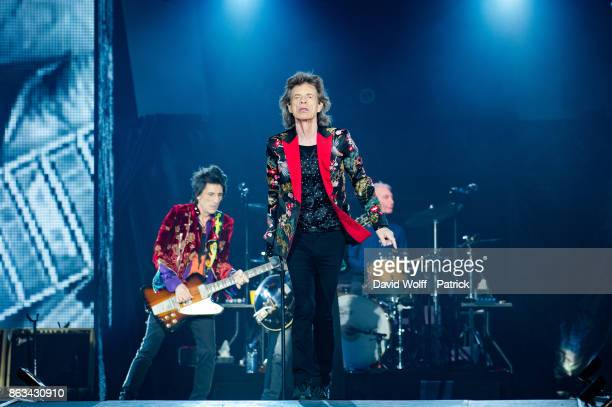 Mick Jagger from The Rolling Stones performs at U Arena on October 19 2017 in Nanterre France