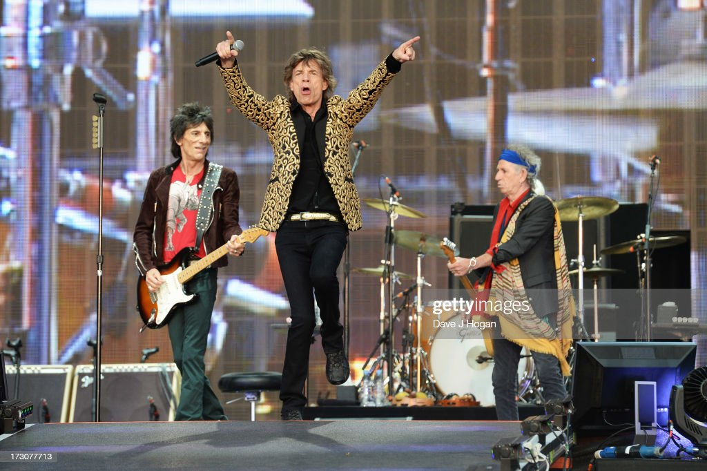 <a gi-track='captionPersonalityLinkClicked' href=/galleries/search?phrase=Mick+Jagger&family=editorial&specificpeople=201786 ng-click='$event.stopPropagation()'>Mick Jagger</a>, <a gi-track='captionPersonalityLinkClicked' href=/galleries/search?phrase=Keith+Richards+-+Musician&family=editorial&specificpeople=202882 ng-click='$event.stopPropagation()'>Keith Richards</a>, Ronnie Wood and <a gi-track='captionPersonalityLinkClicked' href=/galleries/search?phrase=Charlie+Watts&family=editorial&specificpeople=213325 ng-click='$event.stopPropagation()'>Charlie Watts</a> of The Rolling Stones perform live on stage during day two of British Summer Time Hyde Park presented by Barclaycard at Hyde Park on July 6, 2013 in London, England.