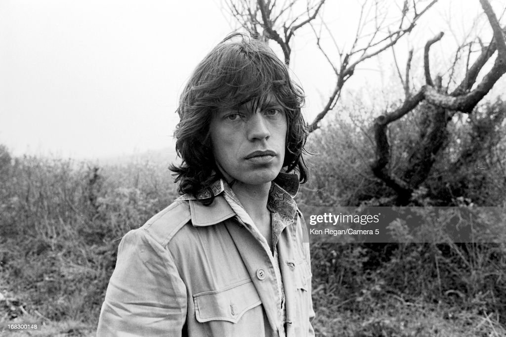 <a gi-track='captionPersonalityLinkClicked' href=/galleries/search?phrase=Mick+Jagger&family=editorial&specificpeople=201786 ng-click='$event.stopPropagation()'>Mick Jagger</a> of the <a gi-track='captionPersonalityLinkClicked' href=/galleries/search?phrase=Rolling+Stones&family=editorial&specificpeople=85170 ng-click='$event.stopPropagation()'>Rolling Stones</a> is photographed at artist Andy Warhol's home in 1975 in Montauk, New York.