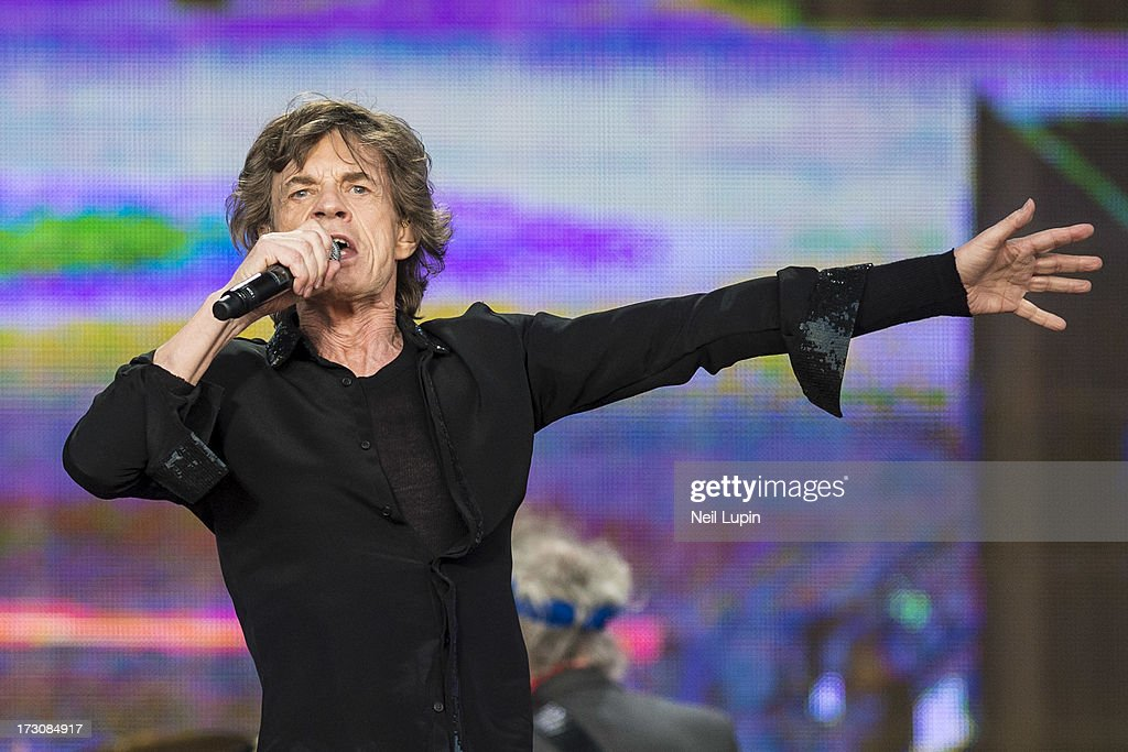 <a gi-track='captionPersonalityLinkClicked' href=/galleries/search?phrase=Mick+Jagger&family=editorial&specificpeople=201786 ng-click='$event.stopPropagation()'>Mick Jagger</a> of The Rolling Stones performs at day 2 of British Summer Time Hyde Park presented by Barclaycard at Hyde Park on July 6, 2013 in London, England.