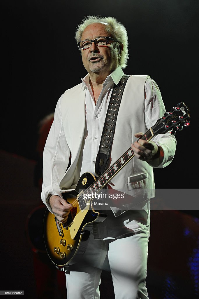 <a gi-track='captionPersonalityLinkClicked' href=/galleries/search?phrase=Mick+Jones+-+Musician+-+Foreigner&family=editorial&specificpeople=11267705 ng-click='$event.stopPropagation()'>Mick Jones</a> of Foreigner peforms at Hard Rock Live! in the Seminole Hard Rock Hotel & Casino on January 9, 2013 in Hollywood, Florida.