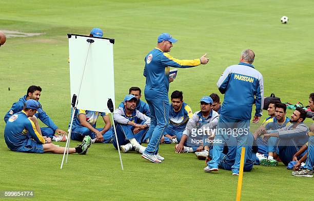 Mickey Arthur head coach of Pakistan speaks to players during a training session at Old Trafford on September 6 2016 in Manchester England
