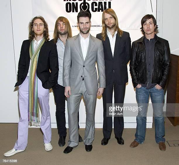 Mickey Madden James Valentine Adam Levine Jesse Carmichael and Matt Flyn of Maroon 5