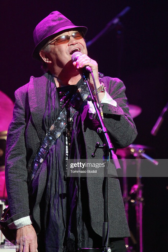 <a gi-track='captionPersonalityLinkClicked' href=/galleries/search?phrase=Micky+Dolenz&family=editorial&specificpeople=221363 ng-click='$event.stopPropagation()'>Micky Dolenz</a> of the Monkees performs with the KLOS All Star Band at the 95.5 KLOS Christmas Show held at Nokia Theatre L.A. Live on December 13, 2012 in Los Angeles, California.