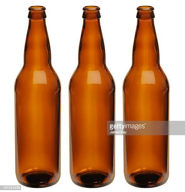 Microbrewer; drei perfekte Unlabeled beliebiger Braune Flaschen Bier, Clipping Path