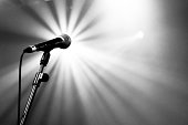 Microphone with beams of light