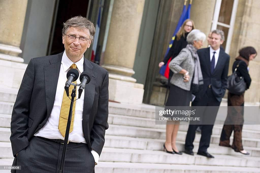 a description of bill gates as the founder of microsoft Microsoft founder bill gates: his life, legacy, and philanthropy the history of basic, a programming language for beginners how did the operating system put.