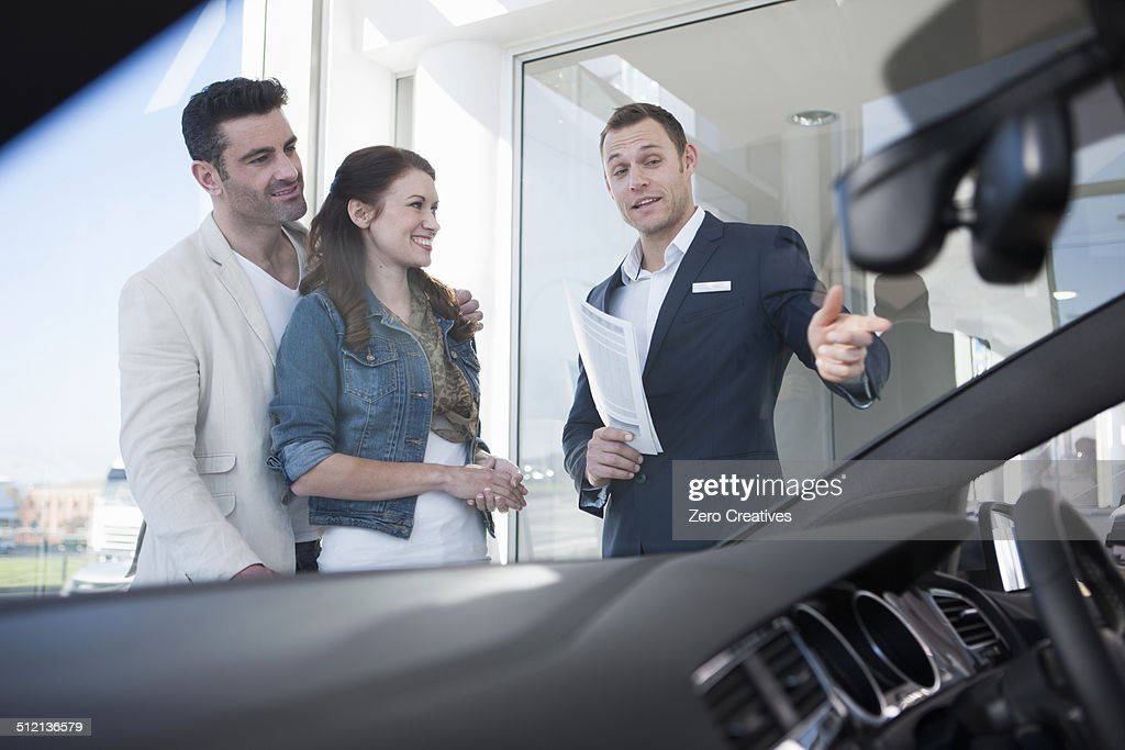 how to become a salesman at a car dealership