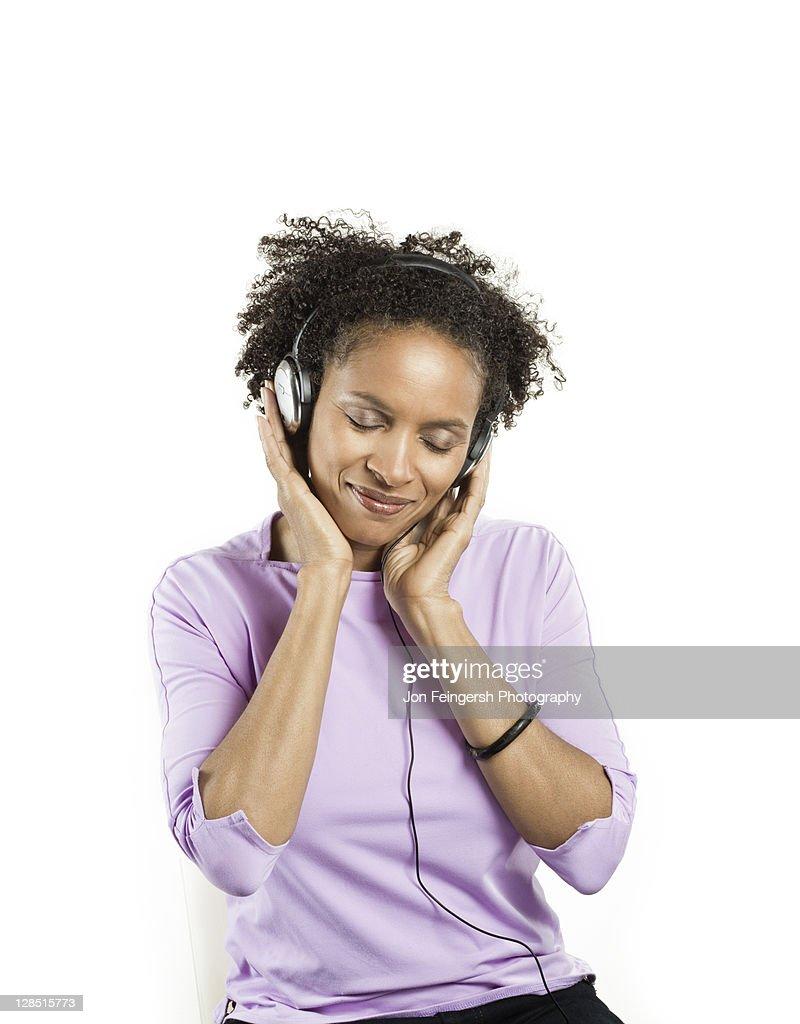 Adult Listening 85