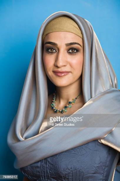 macatawa middle eastern single women Modern middle eastern women 4 to accomplish this, the first section of the paper will address the basics of where the veil came from, specifically the scriptural basis to wearing the headdress.