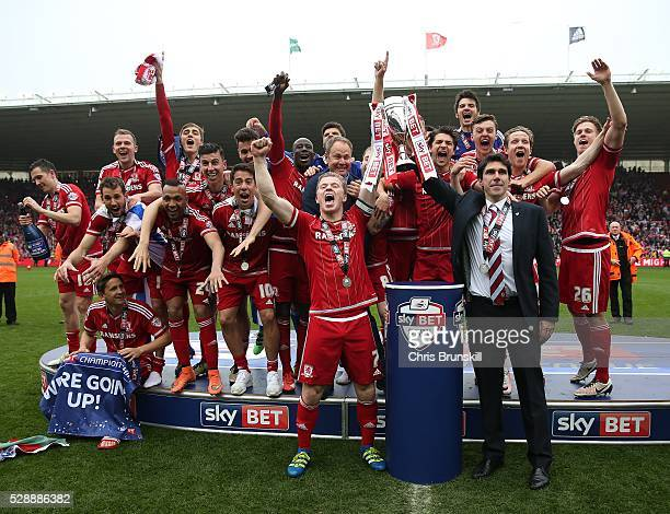 Middlesbrough manager Aitor Karanka and captain Grant Leadbitter lift the trophy following the Sky Bet Championship match between Middlesbrough and...