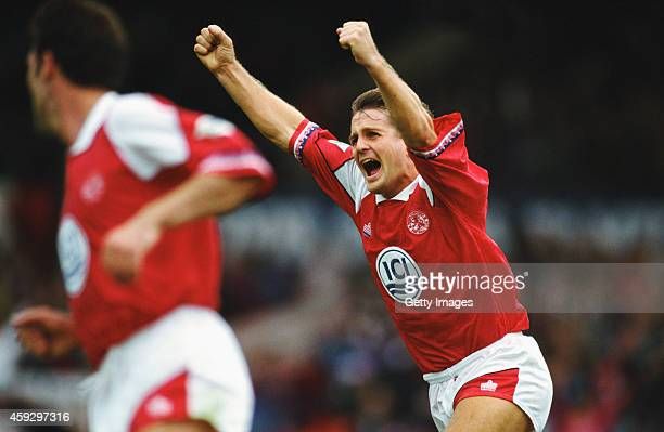Middlesbrough player John Hendrie celebrates after scoring the 4th goal in a 41 win over Leeds United in a FA Premier League match at Ayresome Park...