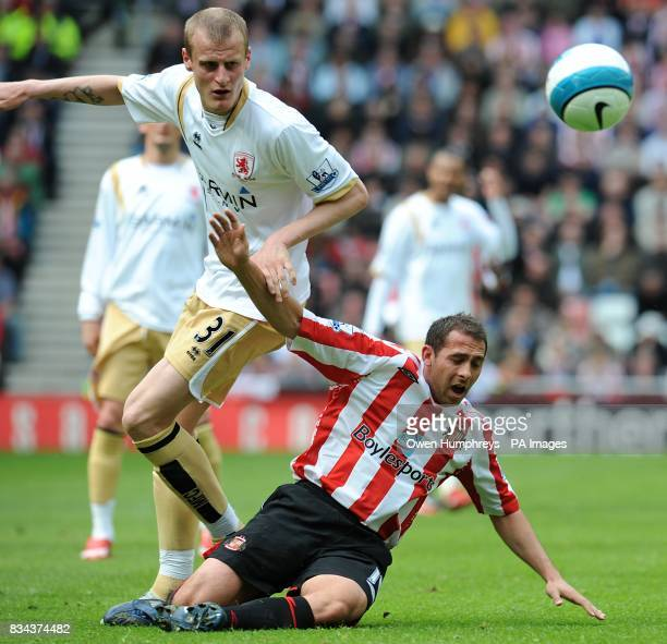 Middlesbrough's David Wheater and Sunderland's Michael Chopra battle for the ball