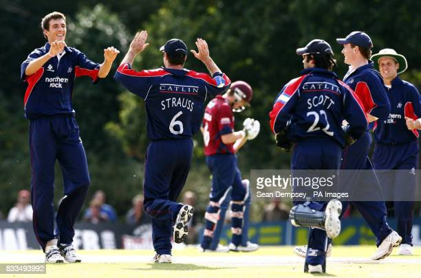 Middlesex's Steven Finn celebrates bowling Riki Wessels caught by Andrew Strauss during the NatWest Pro40 League playoff at John Walker's Ground...