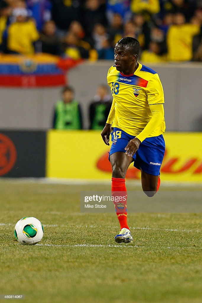 midfielder Enner Valencia #13 of Ecuador in action against Argentina during a friendly match at MetLife Stadium on November 15, 2013 in East Rutherford, New Jersey. Ecuador play to Argentina 0-0 tie