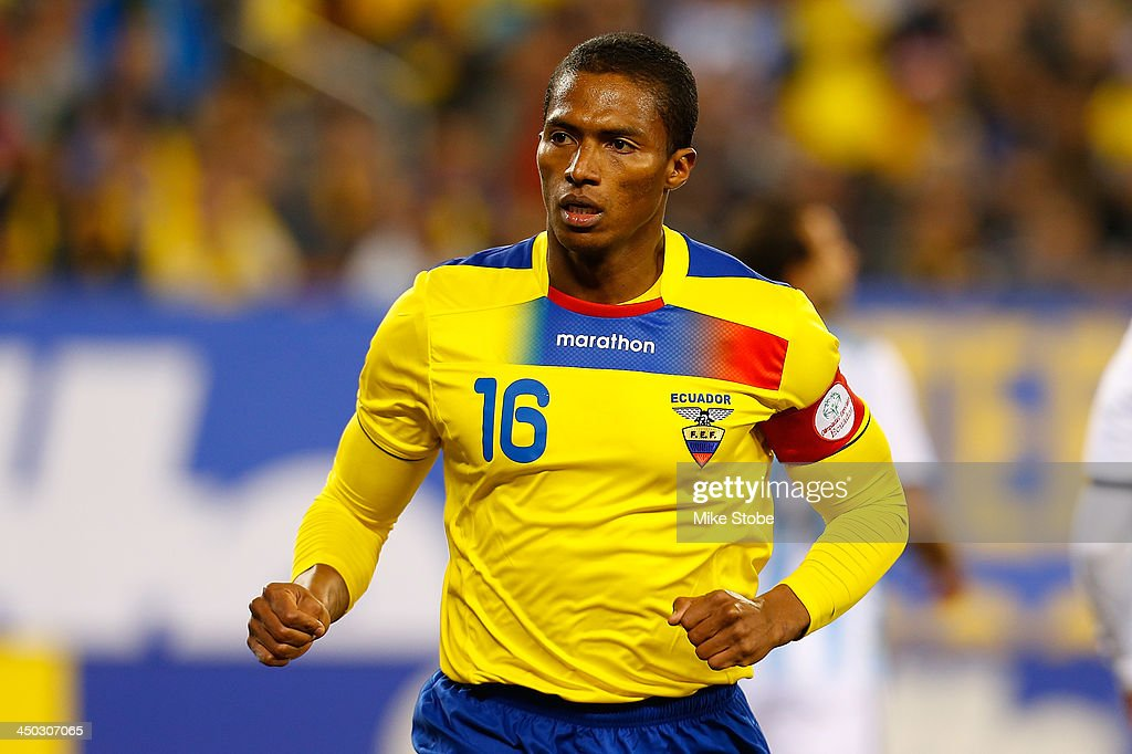 midfielder Luis <a gi-track='captionPersonalityLinkClicked' href=/galleries/search?phrase=Antonio+Valencia&family=editorial&specificpeople=543830 ng-click='$event.stopPropagation()'>Antonio Valencia</a> #16 of Ecuador in action against Argentina during a friendly match at MetLife Stadium on November 15, 2013 in East Rutherford, New Jersey. Ecuador play to Argentina 0-0 tie