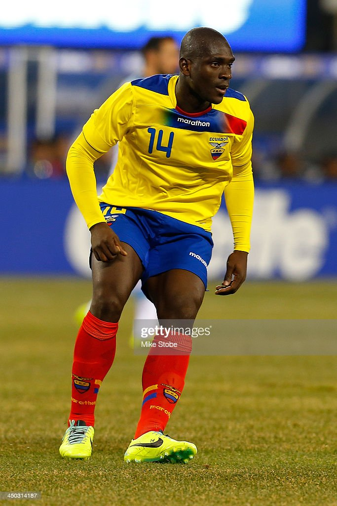 midfielder Segundo Castillo #14 of Ecuador in action against Argentina during a friendly match at MetLife Stadium on November 15, 2013 in East Rutherford, New Jersey. Ecuador play to Argentina 0-0 tie