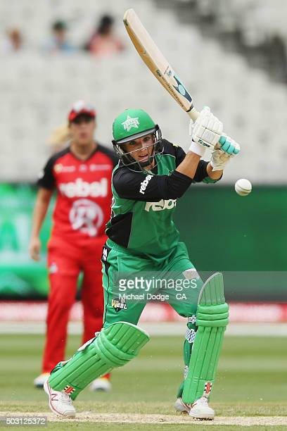 Mignon du Preez of the Stars bats during the Women's Big Bash League match between the Melbourne Stars and the Melbourne Renegades at Melbourne...