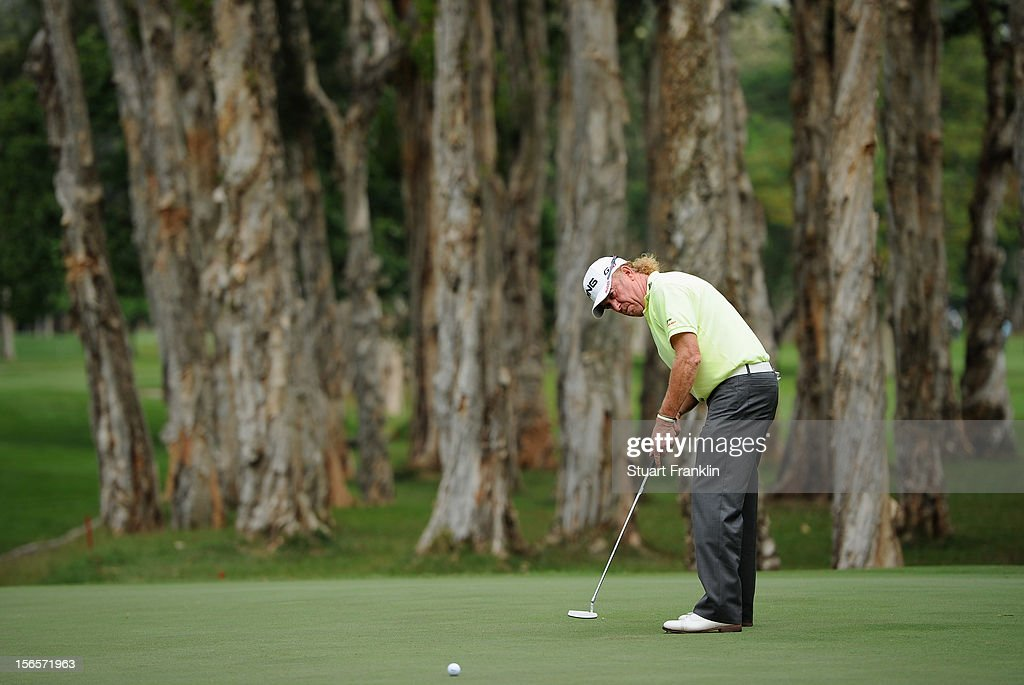 <a gi-track='captionPersonalityLinkClicked' href=/galleries/search?phrase=Miguel+Angel+Jimenez&family=editorial&specificpeople=171700 ng-click='$event.stopPropagation()'>Miguel Angel Jimenez</a> of Spain putts during the third round of the UBS Hong Kong open at The Hong Kong Golf Club on November 17, 2012 in Hong Kong, Hong Kong.