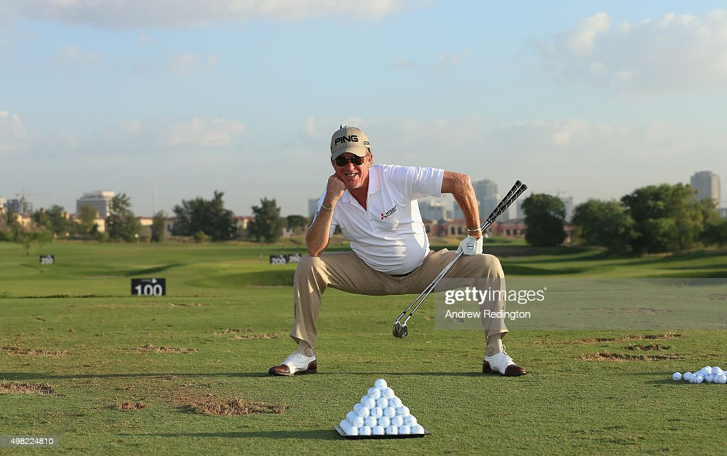 <a gi-track='captionPersonalityLinkClicked' href=/galleries/search?phrase=Miguel+Angel+Jimenez&family=editorial&specificpeople=171700 ng-click='$event.stopPropagation()'>Miguel Angel Jimenez</a> of Spain warms up on the driving range prior to teeing off in the final round of the DP World Tour Championship on the Earth Course at Jumeirah Golf Estates on November 22, 2015 in Dubai, United Arab Emirates.