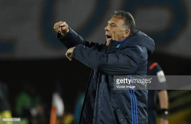 Miguel Angel Russo coach of Millonarios shouts instructions to his players during the Semi Finals first leg match between Millonarios and Atletico...
