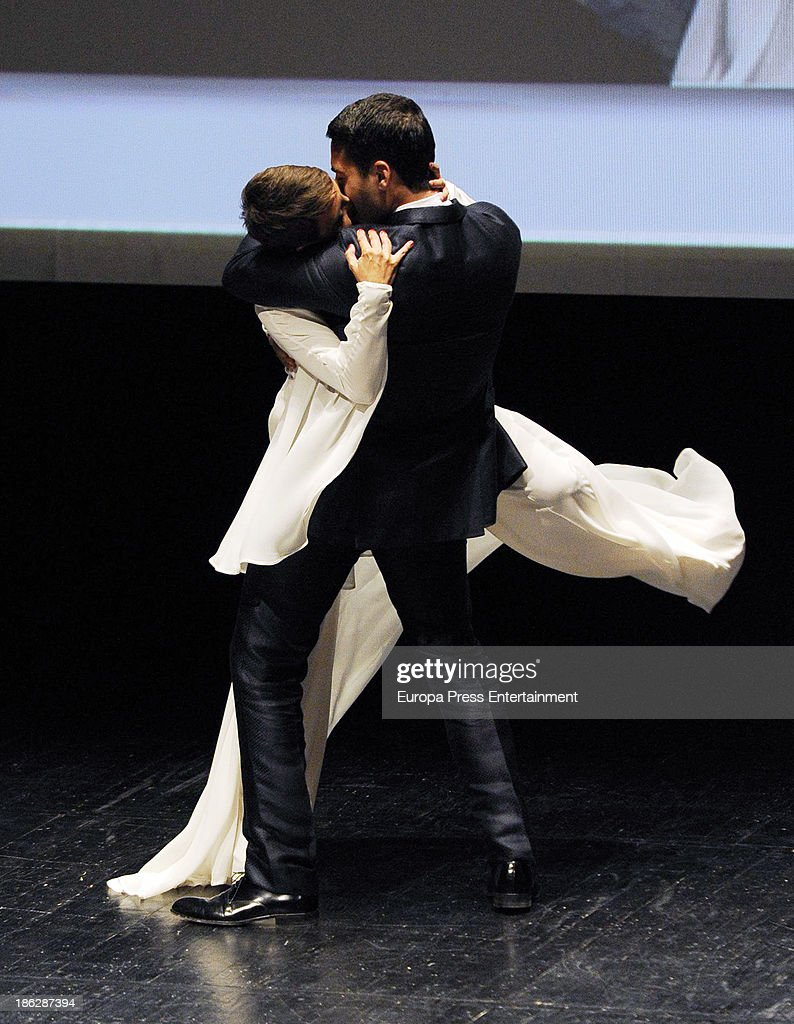 <a gi-track='captionPersonalityLinkClicked' href=/galleries/search?phrase=Miguel+Angel+Silvestre&family=editorial&specificpeople=4001600 ng-click='$event.stopPropagation()'>Miguel Angel Silvestre</a> and <a gi-track='captionPersonalityLinkClicked' href=/galleries/search?phrase=Eva+Hache&family=editorial&specificpeople=4686428 ng-click='$event.stopPropagation()'>Eva Hache</a> attend Men's Health Awards 2013 at Teatros del Canal on October 29, 2013 in Madrid, Spain.