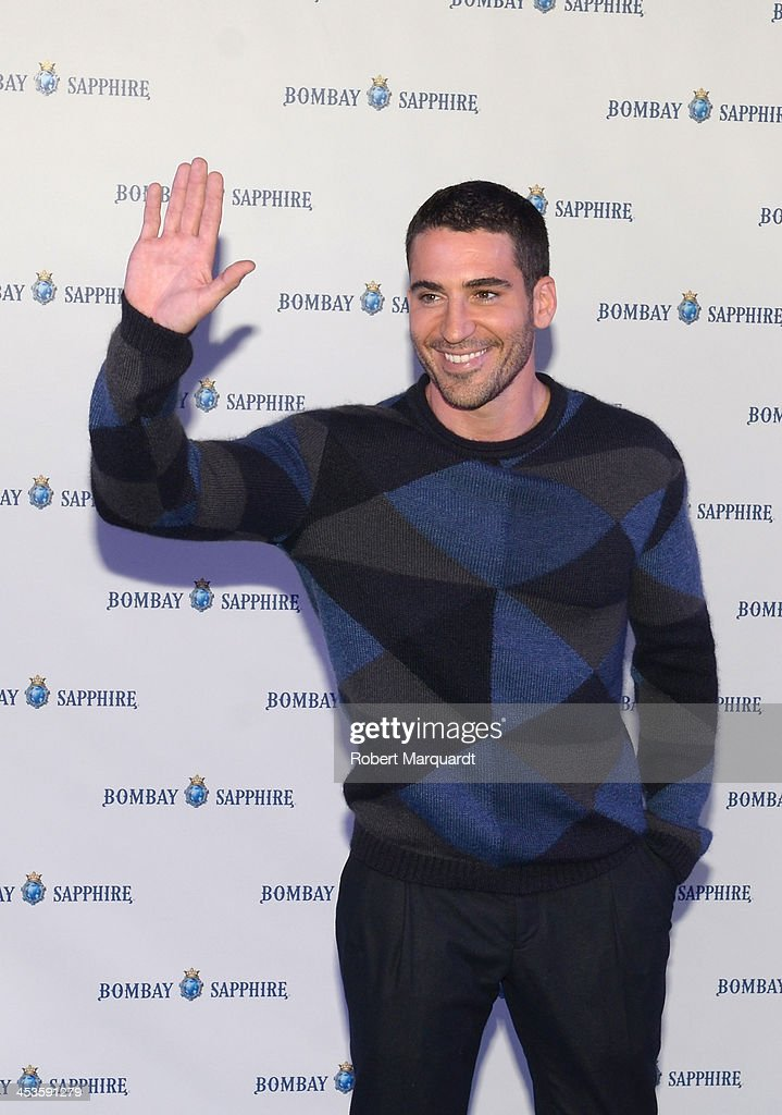 Miguel Angel Silvestre Attends Bombay Sapphire Christmas Lighting in Barcelona