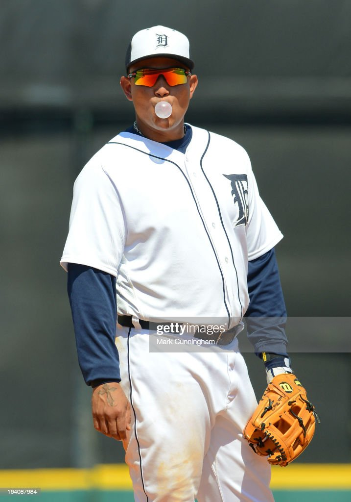 <a gi-track='captionPersonalityLinkClicked' href=/galleries/search?phrase=Miguel+Cabrera&family=editorial&specificpeople=202141 ng-click='$event.stopPropagation()'>Miguel Cabrera</a> #24 of the Detroit Tigers blows a bubble during the spring training game against the Tampa Bay Rays at Joker Marchant Stadium on March 19, 2013 in Lakeland, Florida. The Rays defeated the Tigers 11-5.