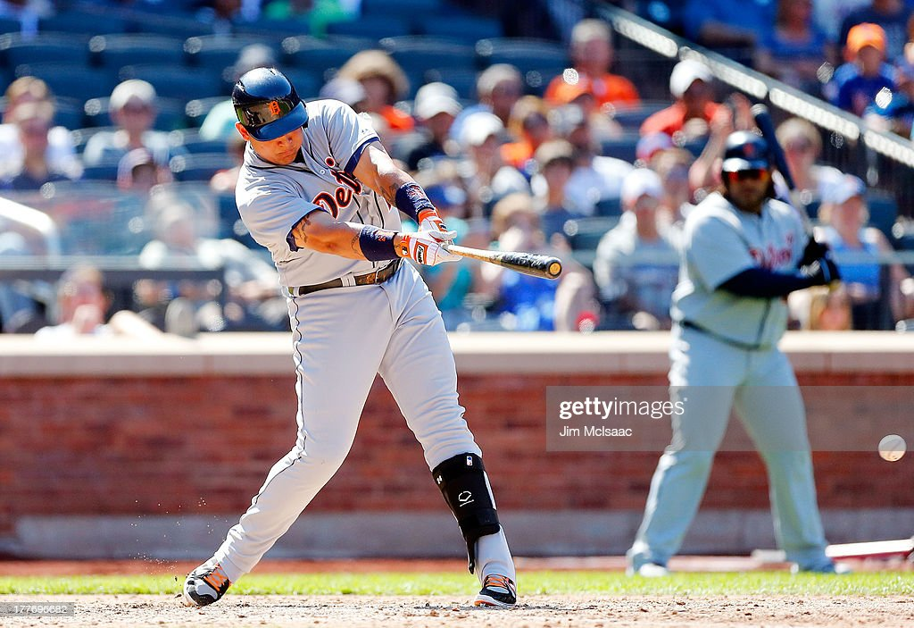 <a gi-track='captionPersonalityLinkClicked' href=/galleries/search?phrase=Miguel+Cabrera&family=editorial&specificpeople=202141 ng-click='$event.stopPropagation()'>Miguel Cabrera</a> #24 of the Detroit Tigers connects on a seventh inning base hit against the New York Mets at Citi Field on August 25, 2013 in the Flushing neighborhood of the Queens borough of New York City. The Tigers defeated the Mets 11-3.