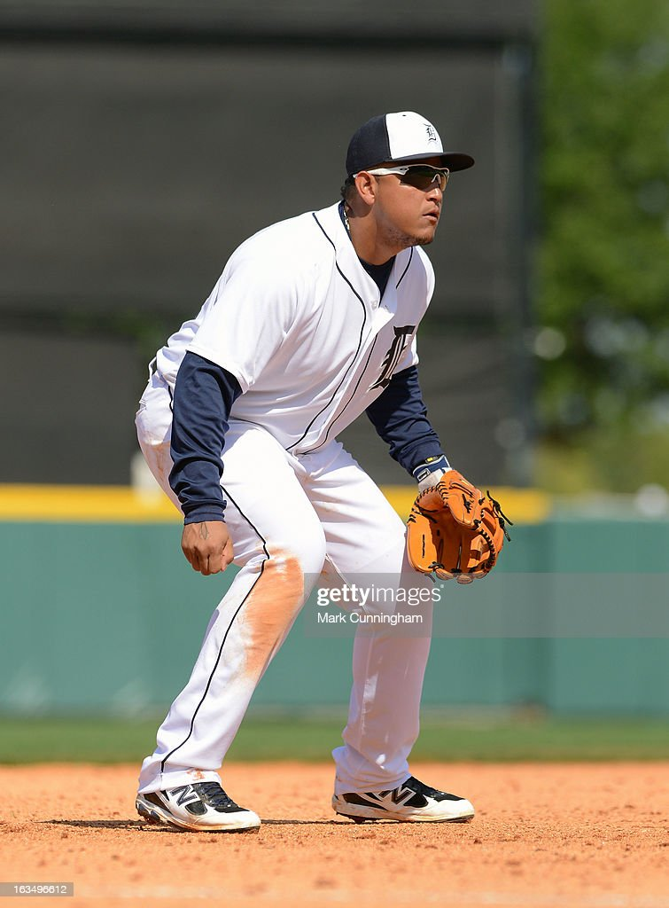 <a gi-track='captionPersonalityLinkClicked' href=/galleries/search?phrase=Miguel+Cabrera&family=editorial&specificpeople=202141 ng-click='$event.stopPropagation()'>Miguel Cabrera</a> #24 of the Detroit Tigers fields during the spring training game against the Atlanta Braves at Joker Marchant Stadium on February 27, 2013 in Lakeland, Florida. The Braves defeated the Tigers 5-3.