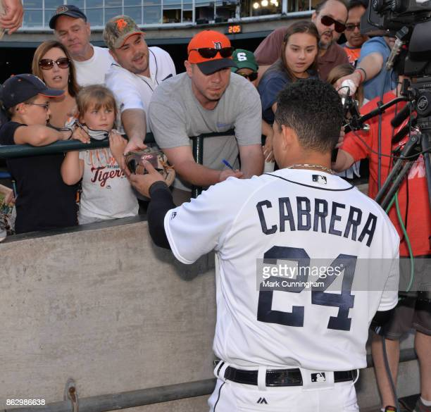 Miguel Cabrera of the Detroit Tigers signs autographs for fans prior to the game against the Chicago White Sox at Comerica Park on September 16 2017...