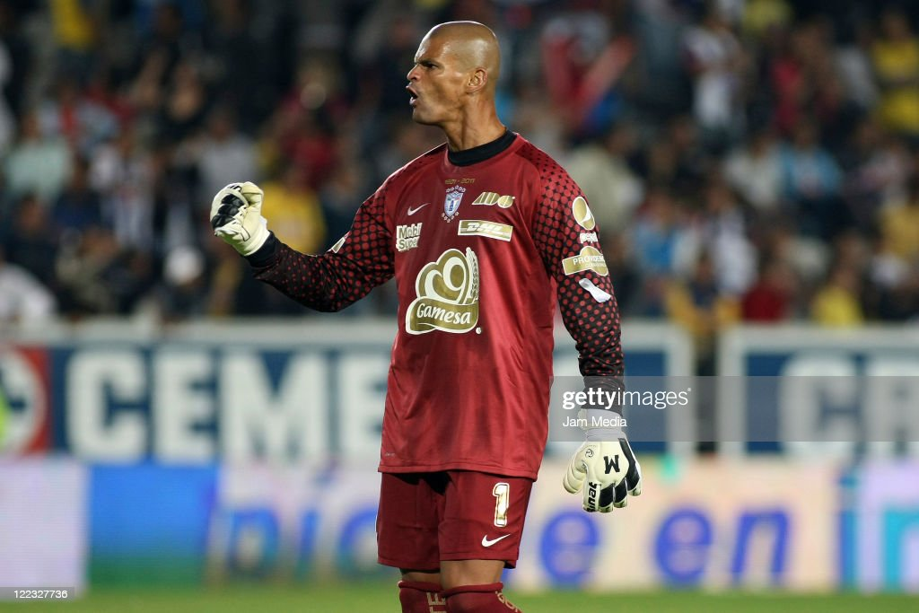 Miguel Calero of Pachuca celebrates during a match as part of the Apertura 2011 at Hidalgo Stadium on August 27 2011 in Mexico City Mexico