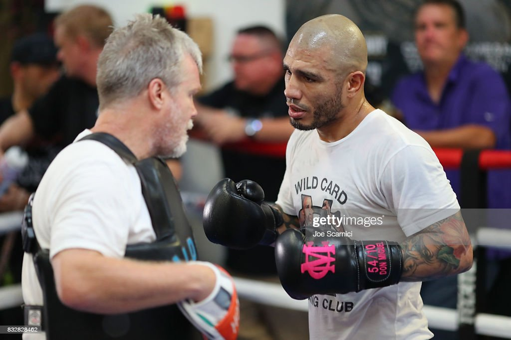 Miguel Cotto and Freddie Roach train during a media workout at Wild Card Gym on August 16, 2017 in Los Angeles, California. Cotto will fight Yoshihiro 'El Maestrito' Kamegai for the WBO Junior Middleweight title on August 26.