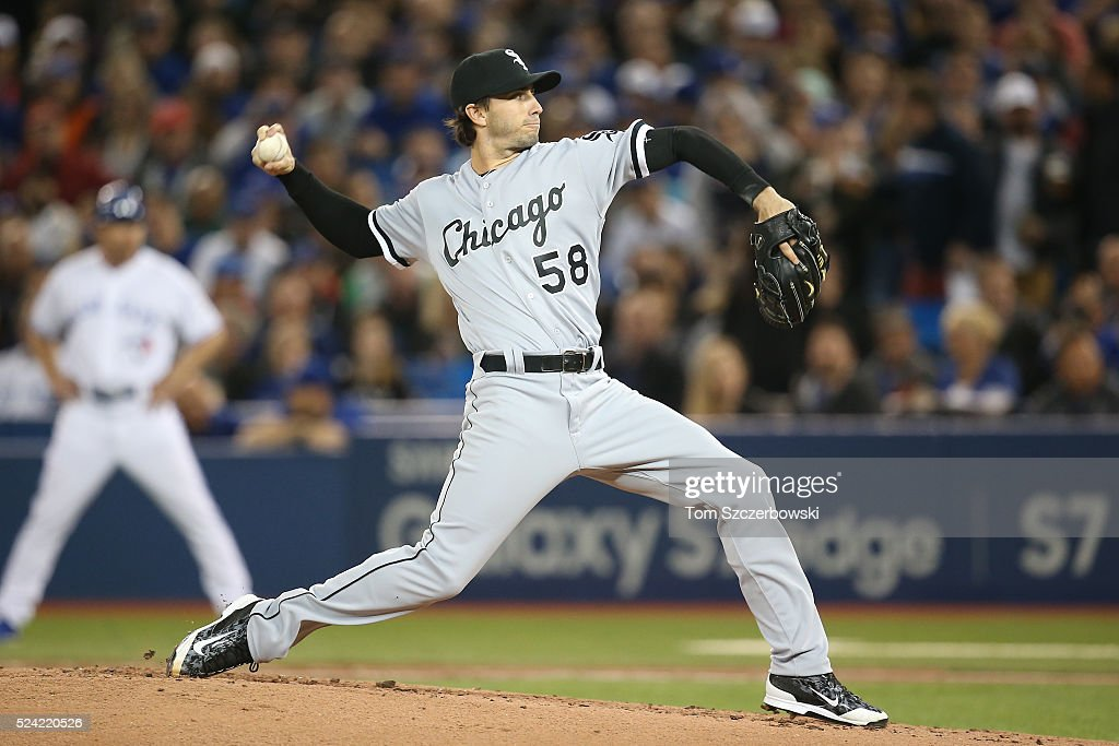 Miguel Gonzalez #8 of the Chicago White Sox delivers a pitch in the first inning during MLB game action against the Toronto Blue Jays on April 25, 2016 at Rogers Centre in Toronto, Ontario, Canada.