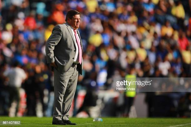 Miguel Herrera Coach of America looks on during the 13th round match between Cruz Azul and America as part of the Torneo Apertura 2017 Liga MX at...