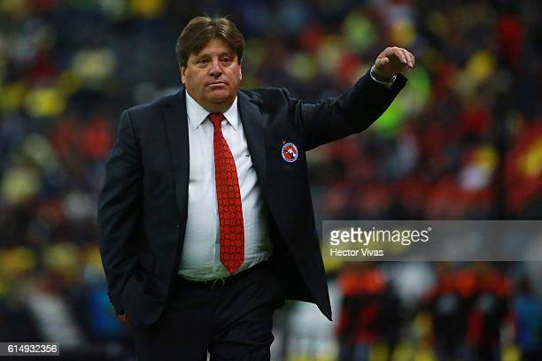 Miguel Herrera coach of Tijuana gestures during the 13th round match between America and Tijuana as part of the Torneo Apertura 2016 Liga MX at...