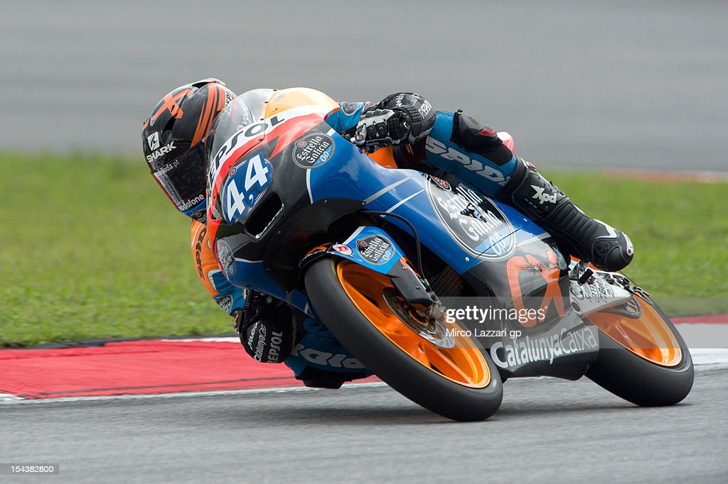 Miguel Oliveira of Portugal and Estrella Galicia 0'0 rounds the bend during the free practice of the MotoGP Of Malaysia at Sepang Circuit on October 19, 2012 in Kuala Lumpur, Malaysia.