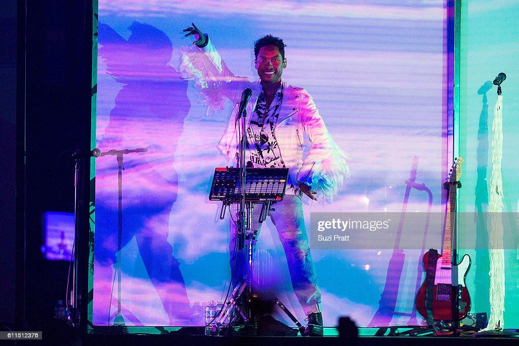 Sia Performs At KeyArena