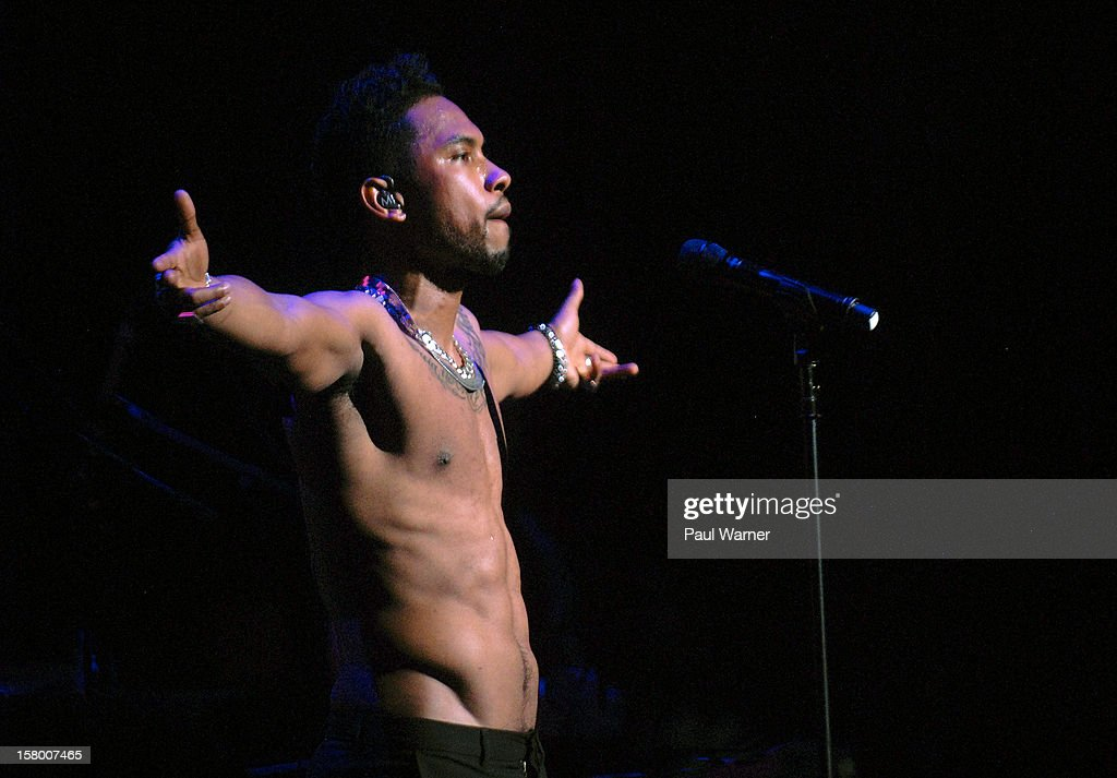 Miguel performs in concert at Fox theater on December 7, 2012 in Detroit, Michigan.