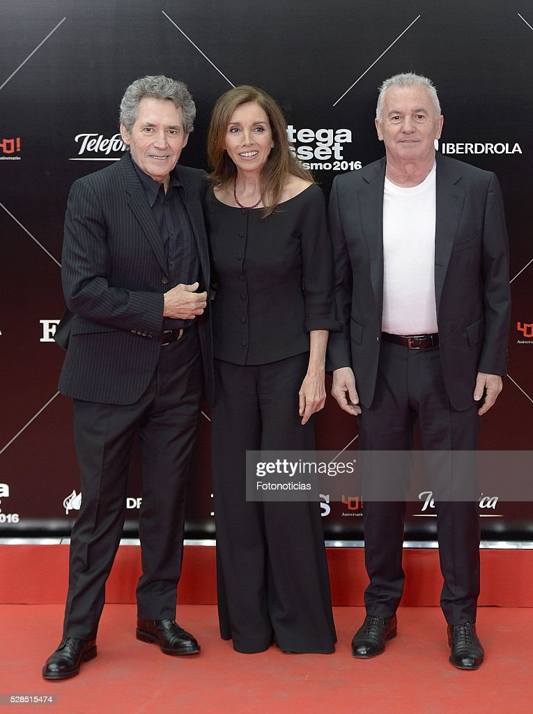 Miguel Rios, Ana Belen and Victor Manuel attend the El Pais 40th anniversary dinner and 'Ortega y Gasset' awards ceremony at the Palacio de Cibeles on May 5, 2016 in Madrid, Spain.