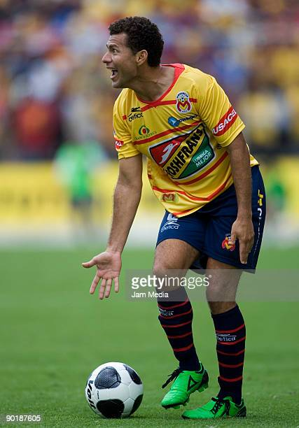 Miguel Sabah of Monarcas Morelia gestures during the match against Cruz Azul for the Mexican League Apertura 2009 at the Morelos Stadium on August 30...