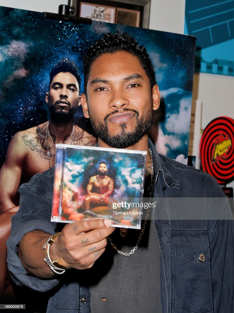 "Miguel CD Signing For ""Wildheart"" At Amoeba Hollywood"
