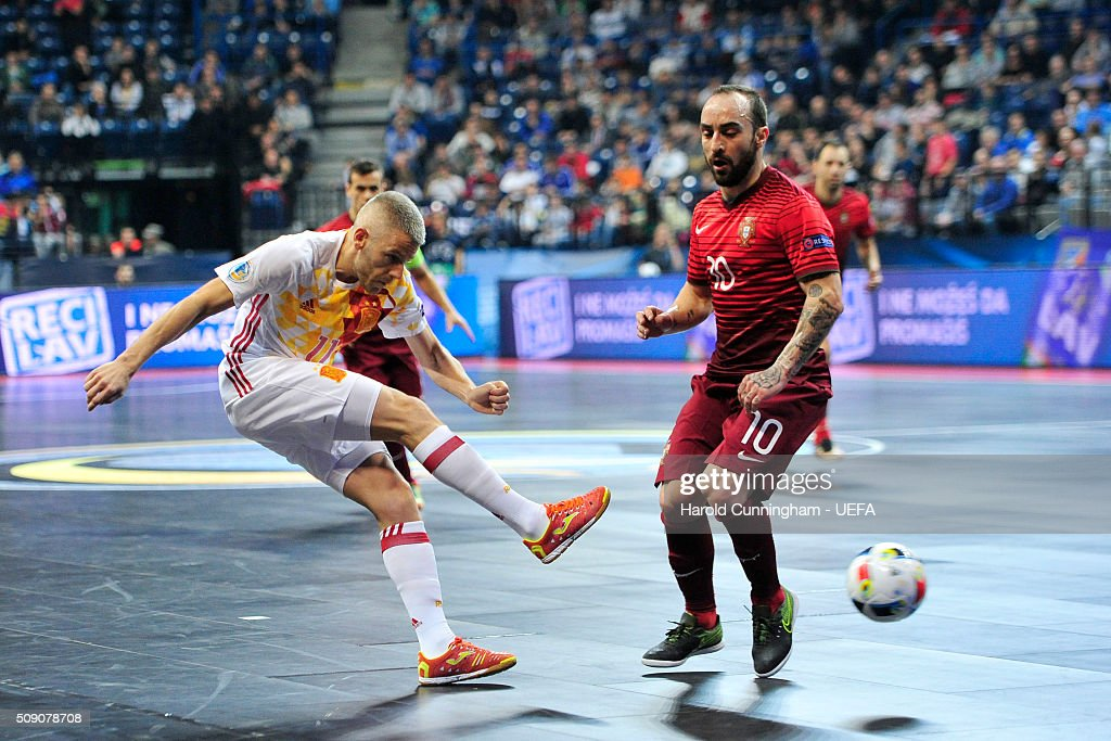 Miguelin of Spain and Ricardinho of Portugal in action during the UEFA Futsal EURO 2016 quarter final match between Portugal and Spain at Arena Belgrade on February 8, 2016 in Belgrade, Serbia.