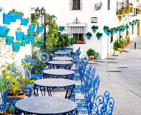 Mijas street foto de stock thinkstock - Costa muebles mijas ...